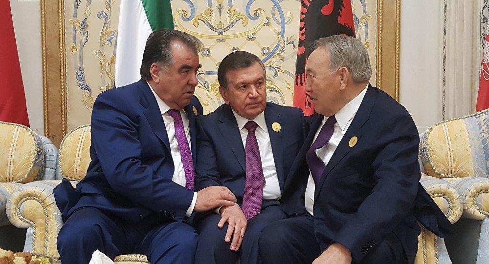 С Эмомали Рахмоном - Президентом Таджикистана