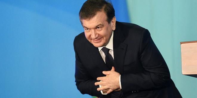 Мирзиёев Шавкат - Президент Узбекистана клонится народу в первые дни руководства