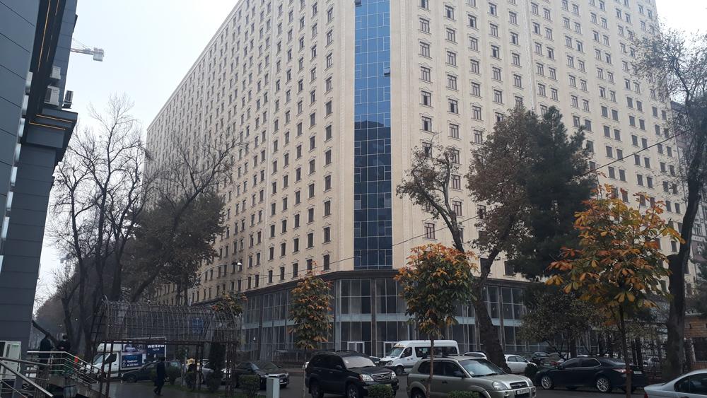 Хонаи аз ҳамаи баланду дарозу калонтарини Душанбе